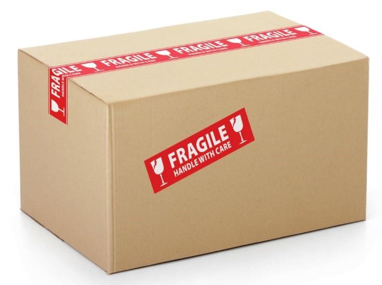 Самоклеящиеся этикетки на картонную упаковку